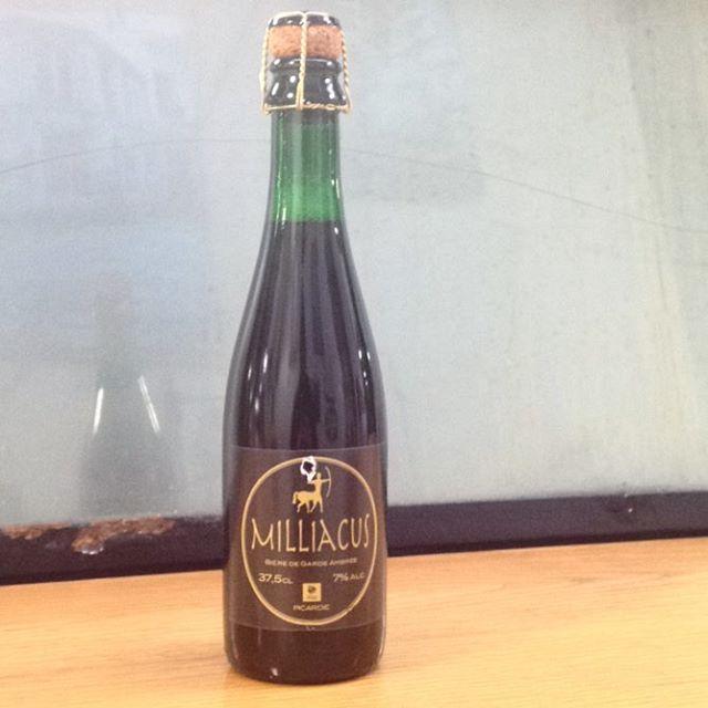 La Milliacus est de retour! Bière de garde ambrée au caractère bien trempé, teinté de saveurs de caramel et de réglisse